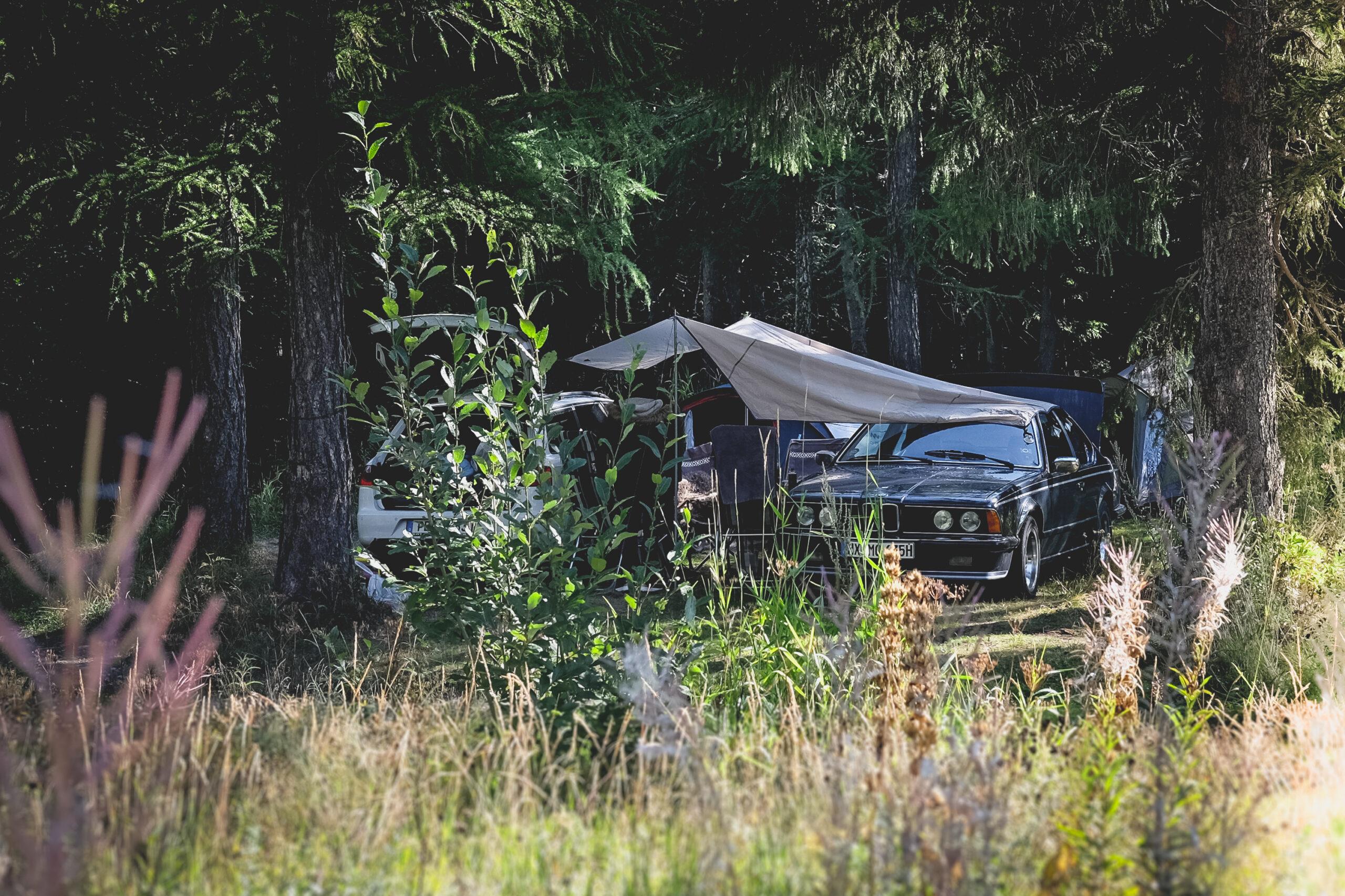 Camping mit Oldtimer